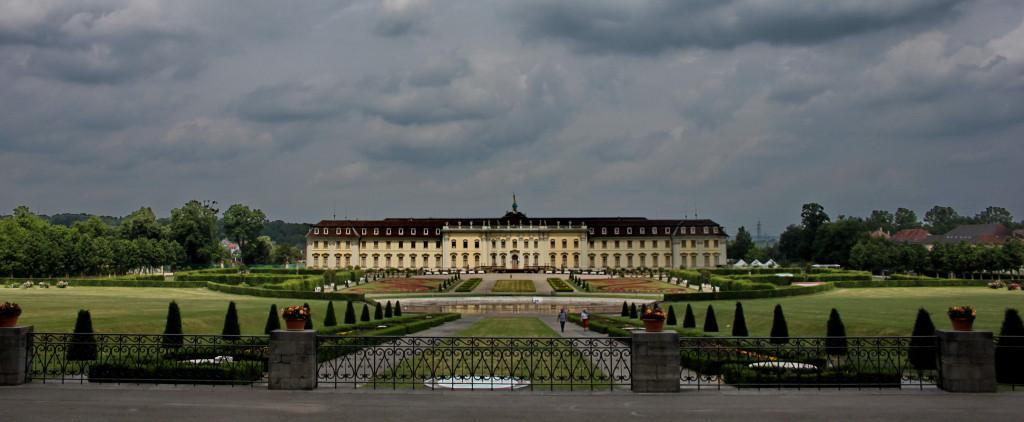 Людвигсбург. Королевский дворец.
