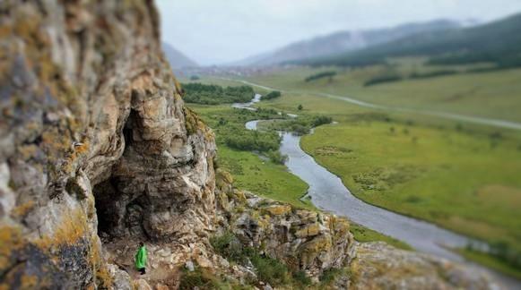 Усть-Кан, Пещера