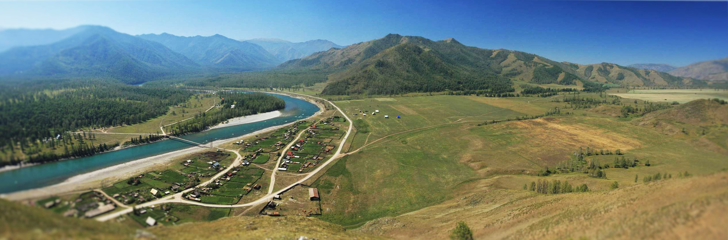 Вид на с. Усть-Кокса